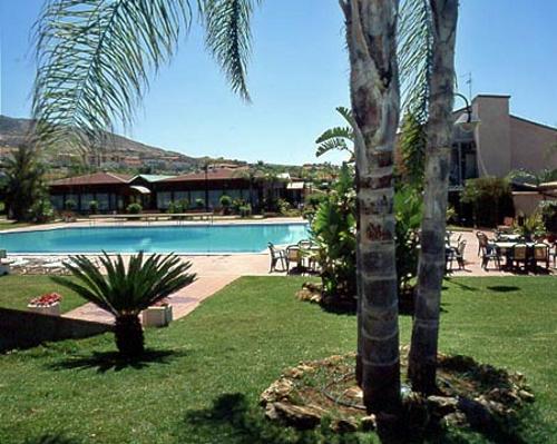 Villa Sikania Park Hotel